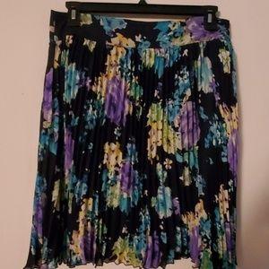 Charter Club NWT Accordian Style Skirt - 12